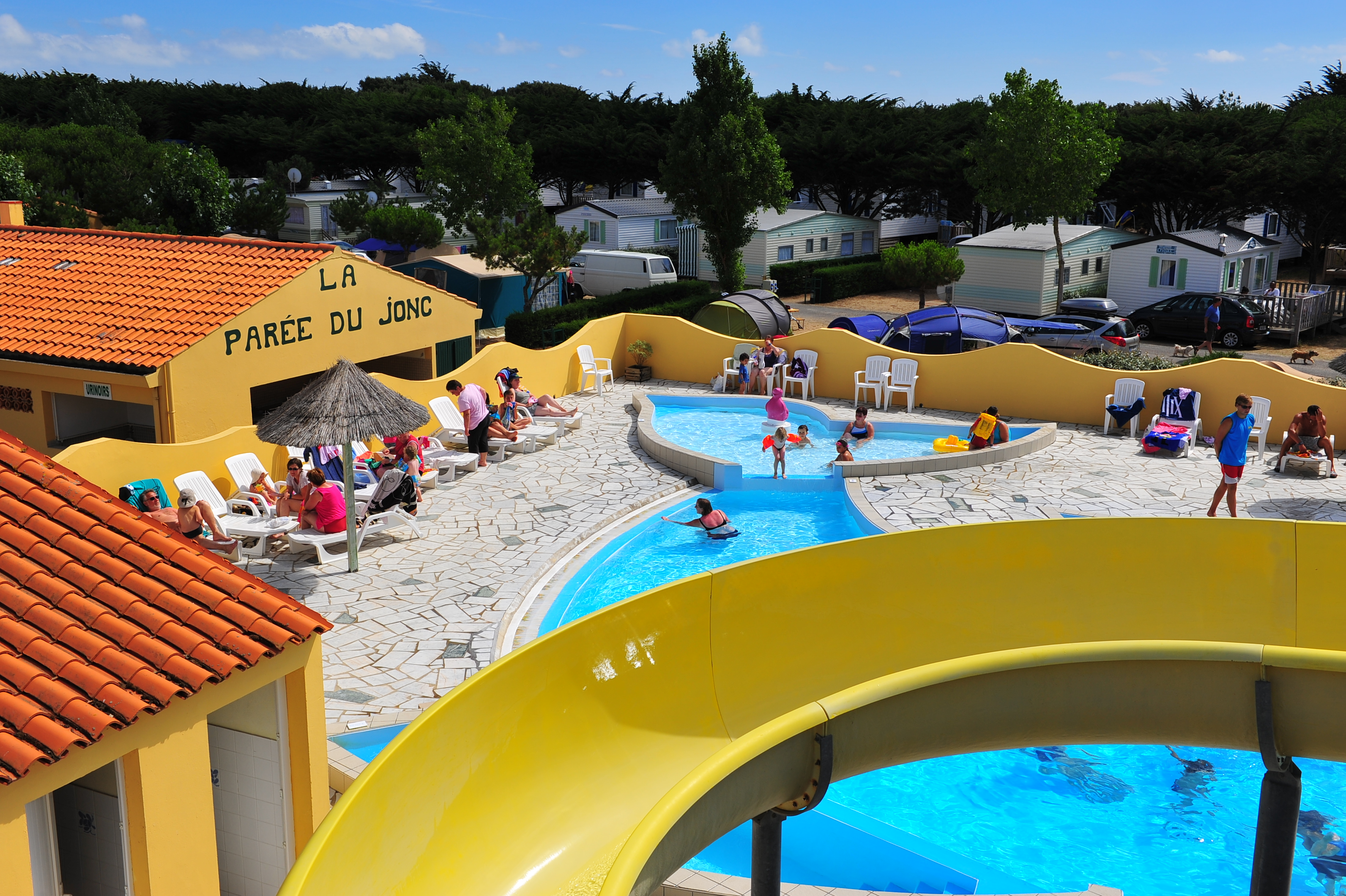 Camping la paree du jonc campground reviews deals for Camping sud france avec piscine