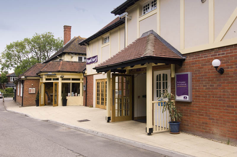 Premier Inn Lymington (New Forest, Hordle) Hotel