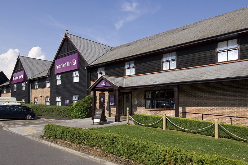 ‪Premier Inn Salisbury North Bishopdown Hotel‬