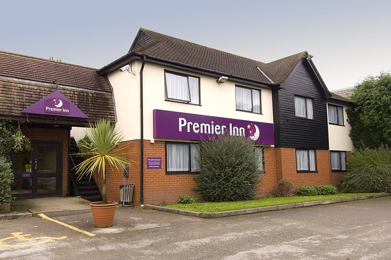 Premier Inn Wirral (Bromborough) Hotel