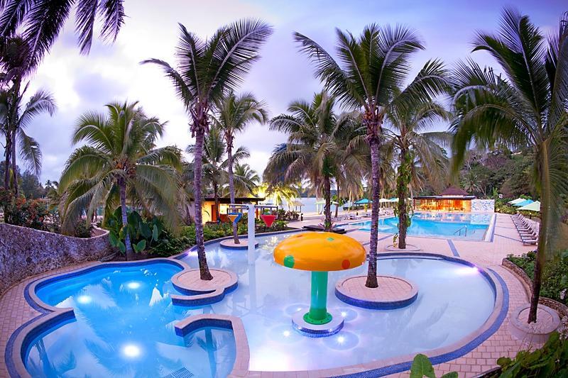 瓦努阿圖假日度假酒店