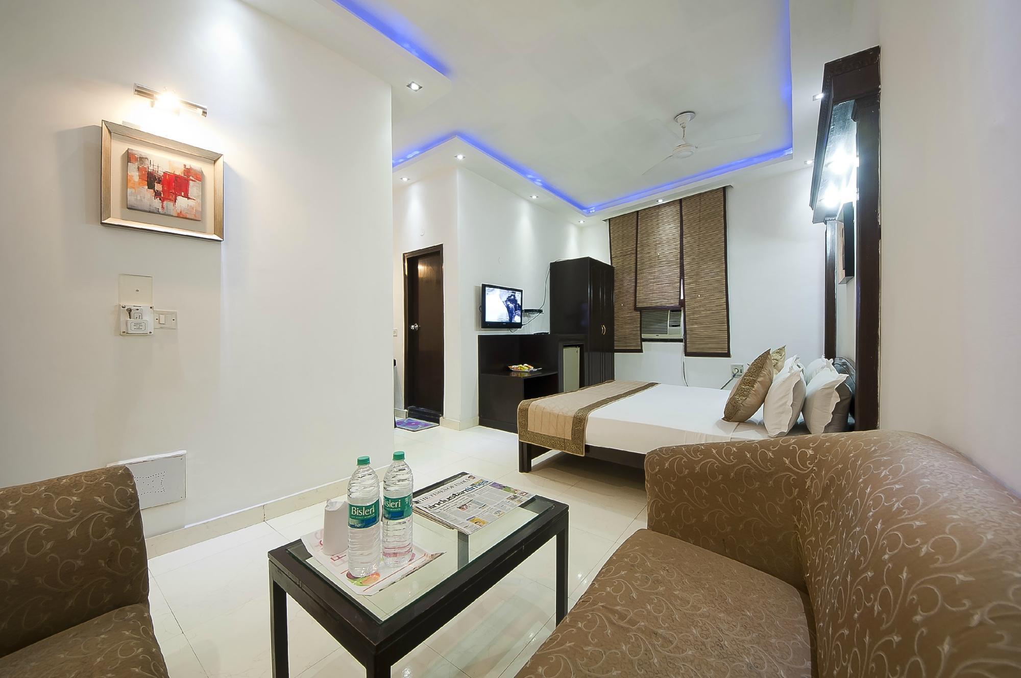 Hotel Sarthak Palace