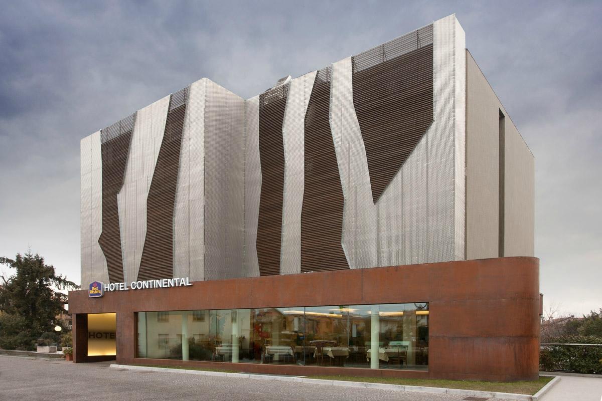 ベスト ウェスタン ホテル コンチネンタル