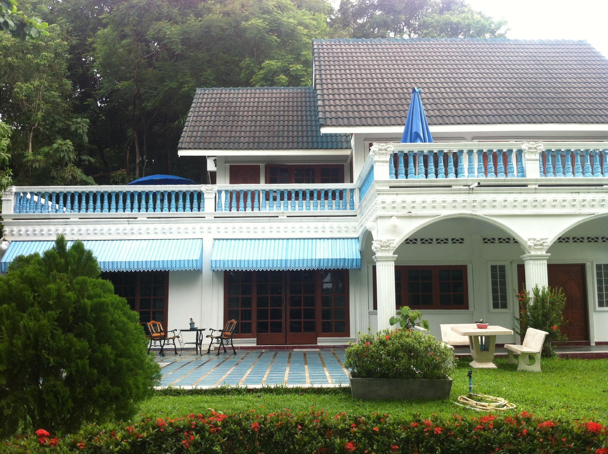 Rawai Beach Guesthouse