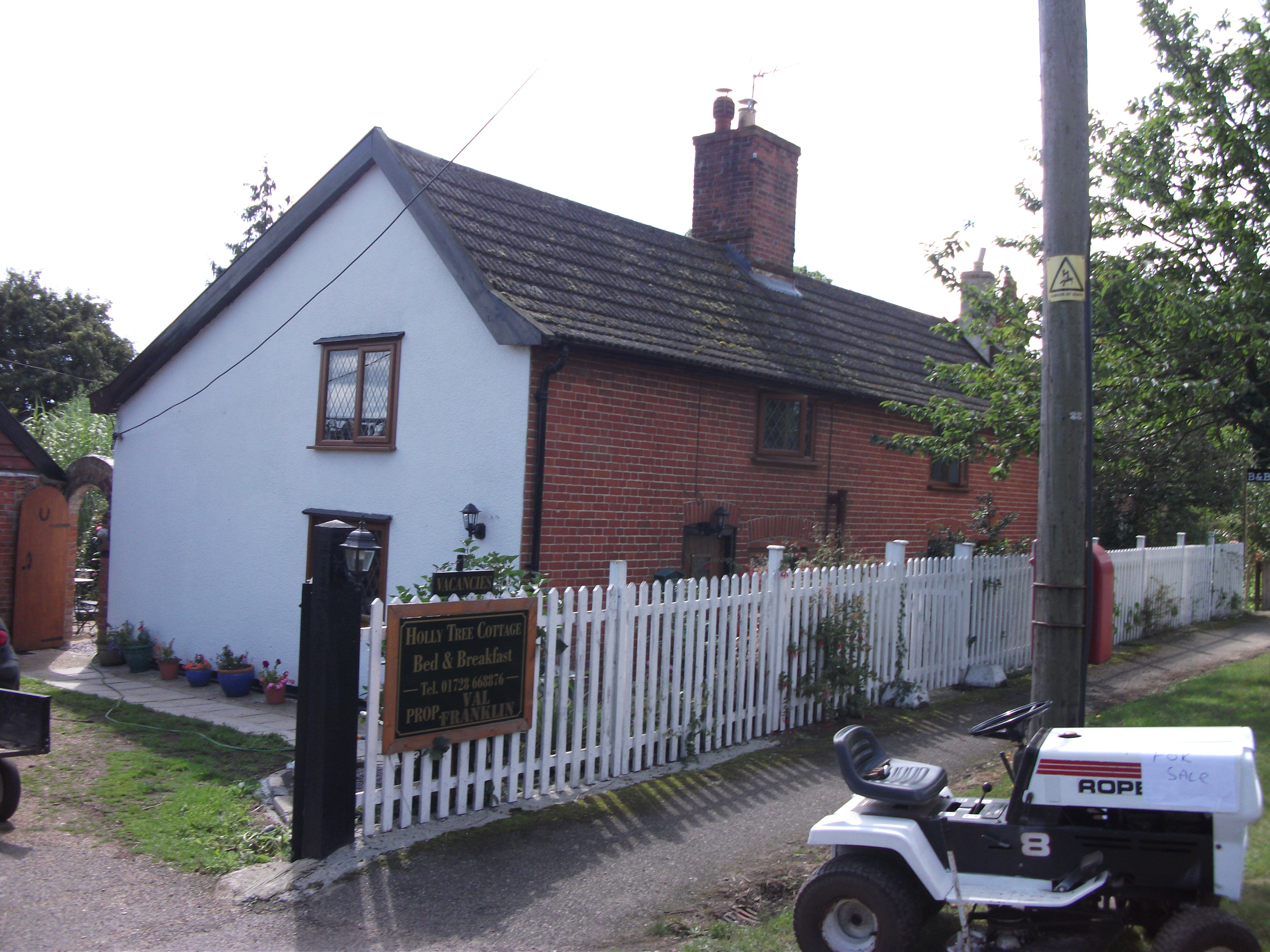 Holly Tree Cottage