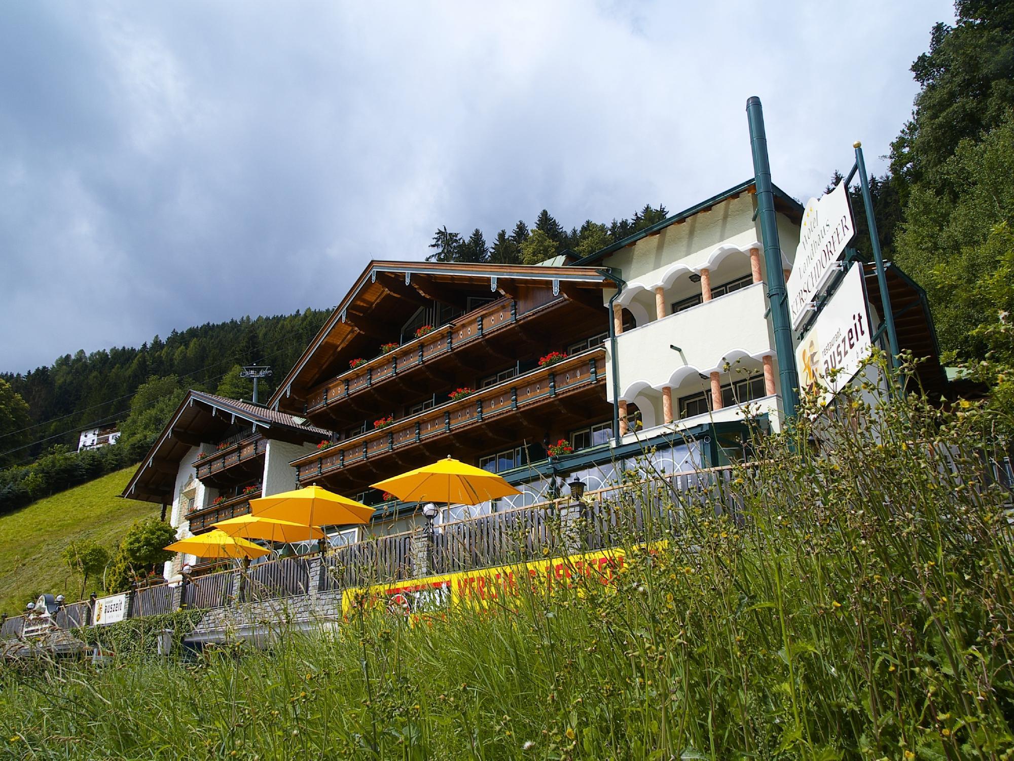 Kaltenbach Austria  City pictures : Hotel Landhaus Kerschdorfer Kaltenbach, Austria Hotel Reviews ...