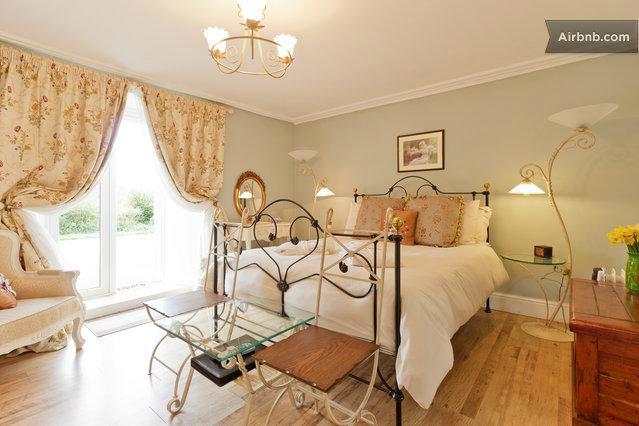 Salem House Bed & Breakfast