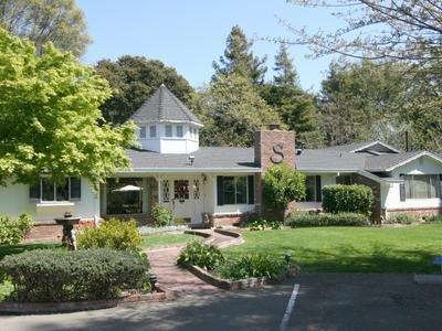 Stahlecker House