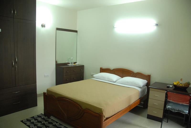 Catalyst Suites Service Apartment