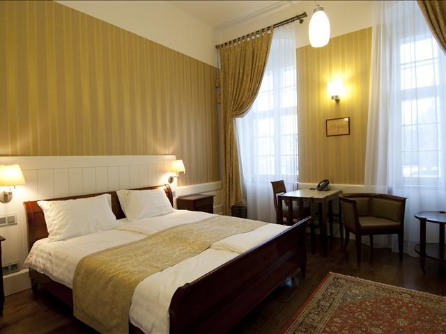 Hotel Erzsebet Paks