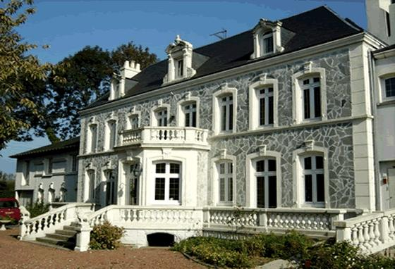 Hostellerie de Le Wast Chateau des Tourelles