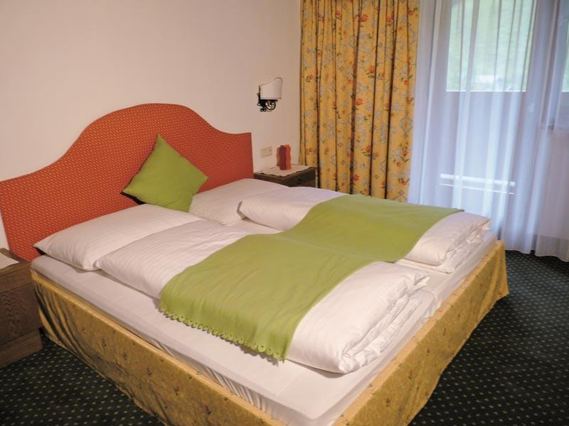 ホテル ガルニ ヴィースホッフ