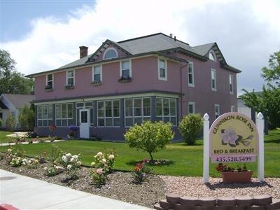 Gunnison Rose Inn Bed & Breakfast