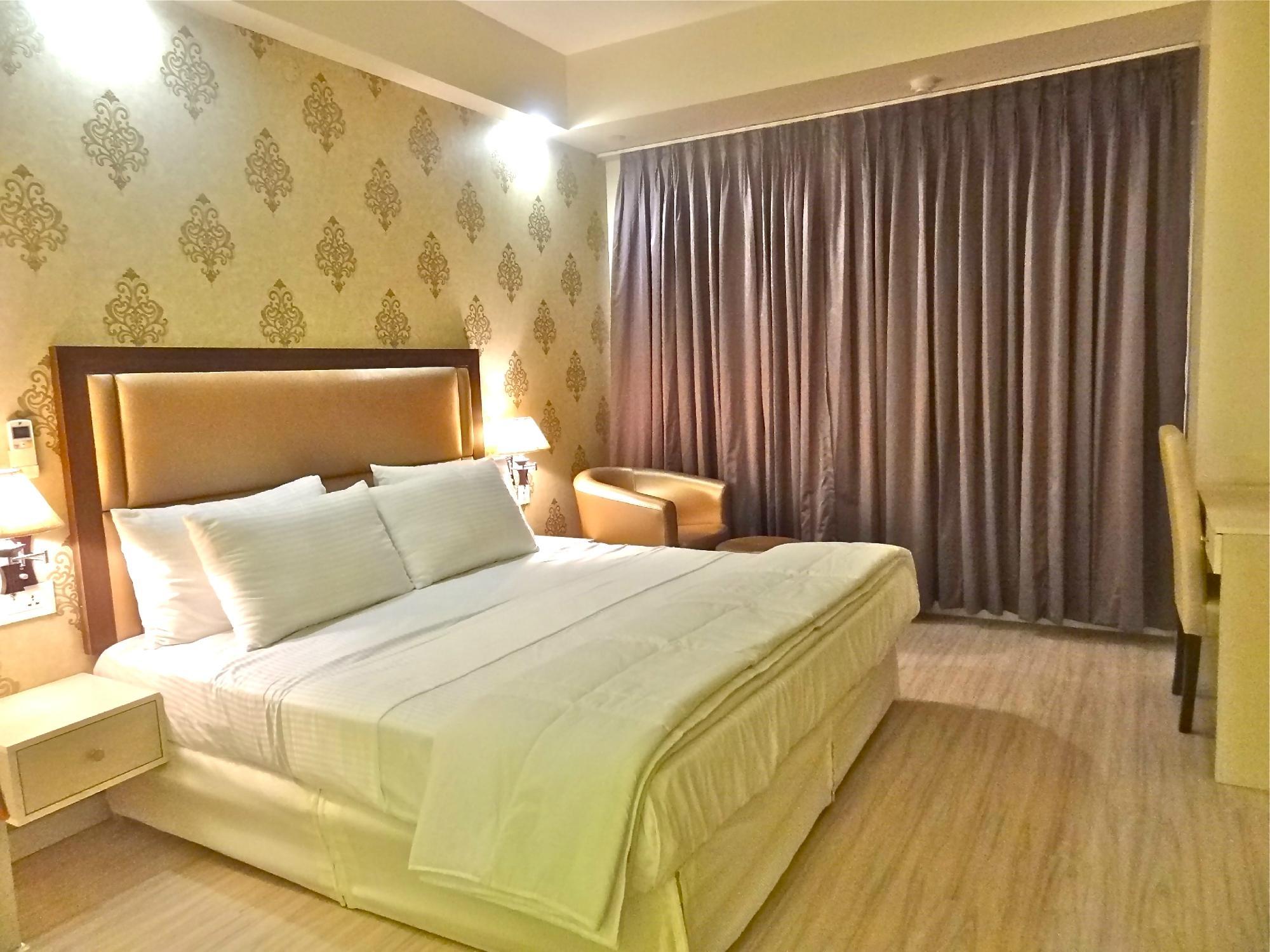 Manyaa Hotel