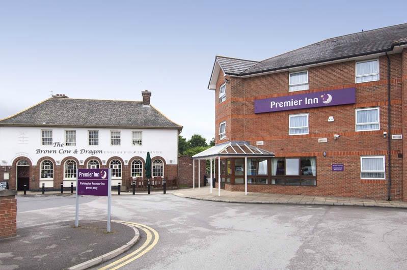 Premier Inn Leeds East Hotel