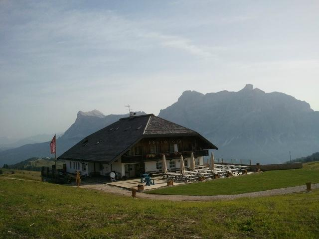 Rifugio Berggasthof Pralongia