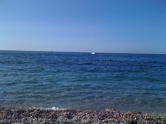 桑索內海灘