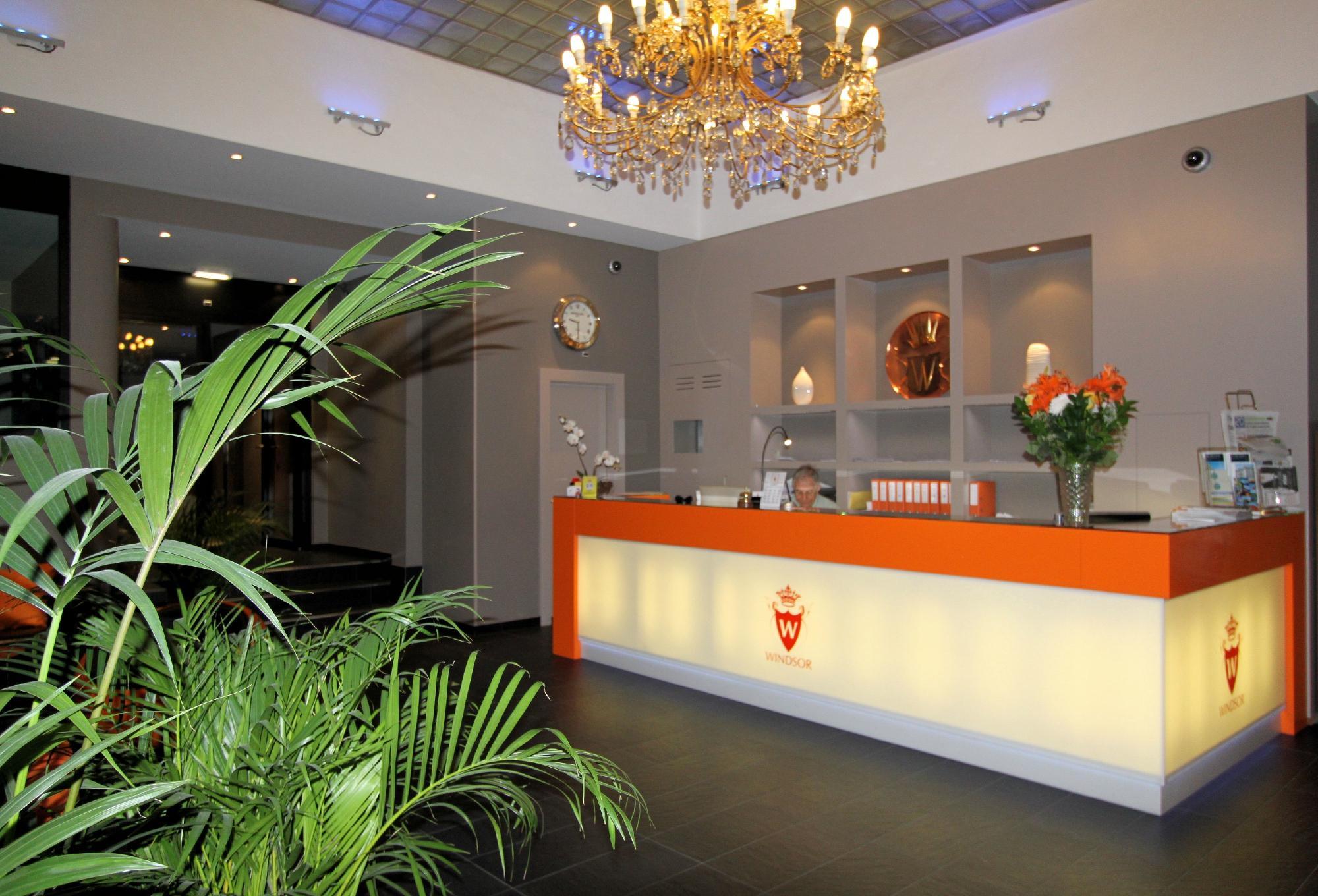 #C1410A Hotel Windsor (Genebra Suíça): 117 fotos e 15 avaliações  2000x1360 px Banheiro Windsor 1593