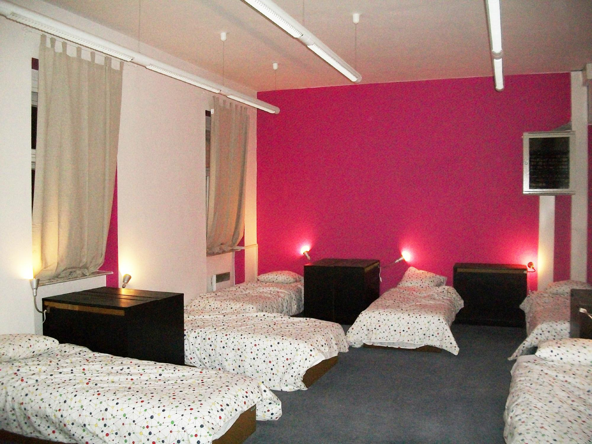 Blind Eye Hostel & Guest House