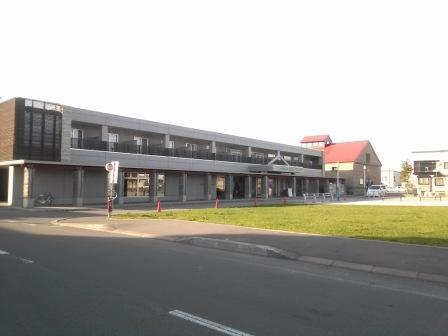 拉温尼尔酒店
