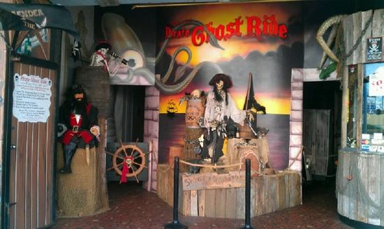 Captain Cline's Pirate Ghost Ride