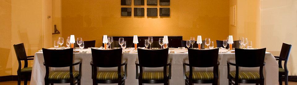 Restaurant Mez - Marriott Crystal Gateway