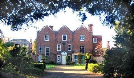 Belgrave Hall & Gardens