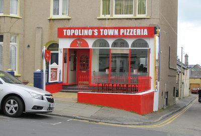 Topolino's Town Pizzeria