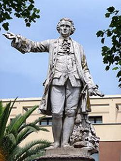 Monumento a Luigi Vanvitelli