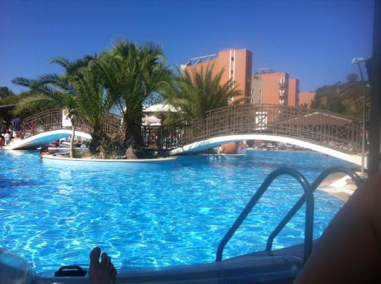 Paradise Friends Yali Hotel & Resort