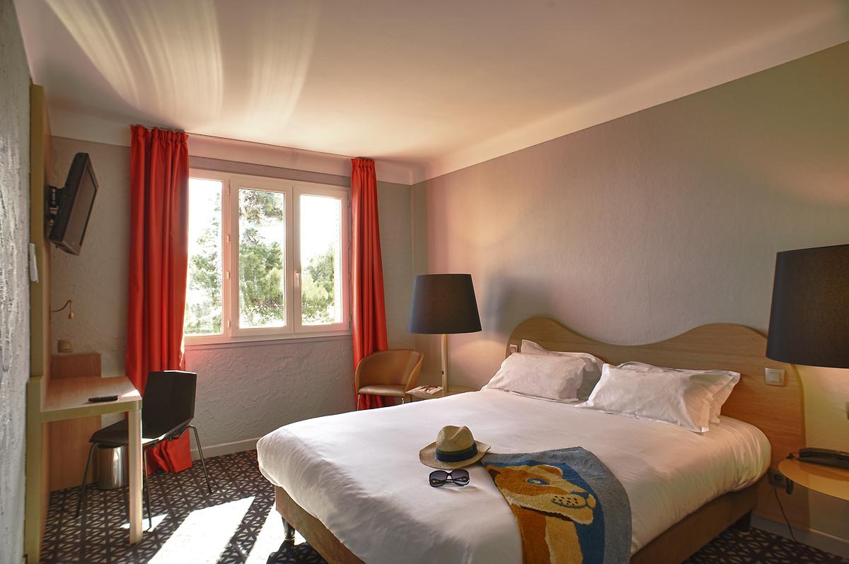 博里瓦奇飯店