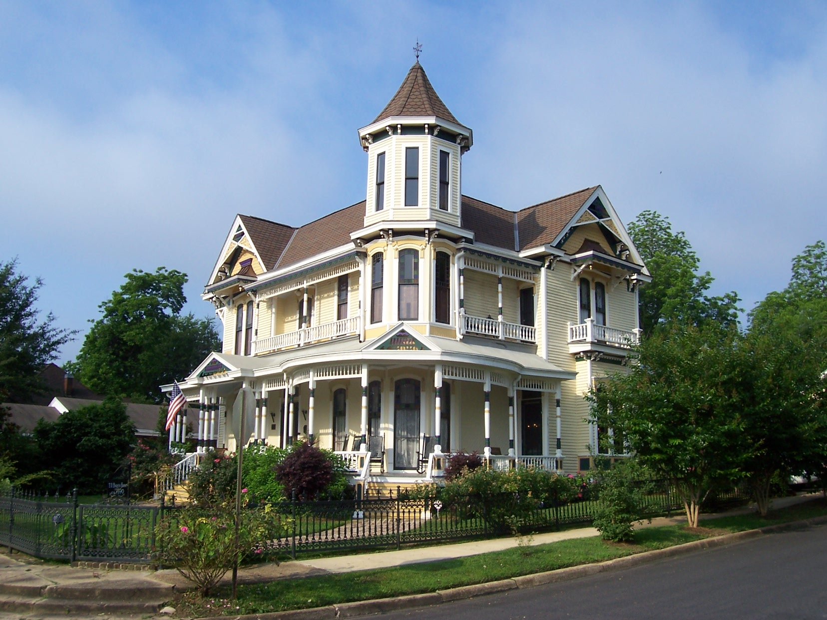 Painted Lady of Columbus Bed and Breakfast