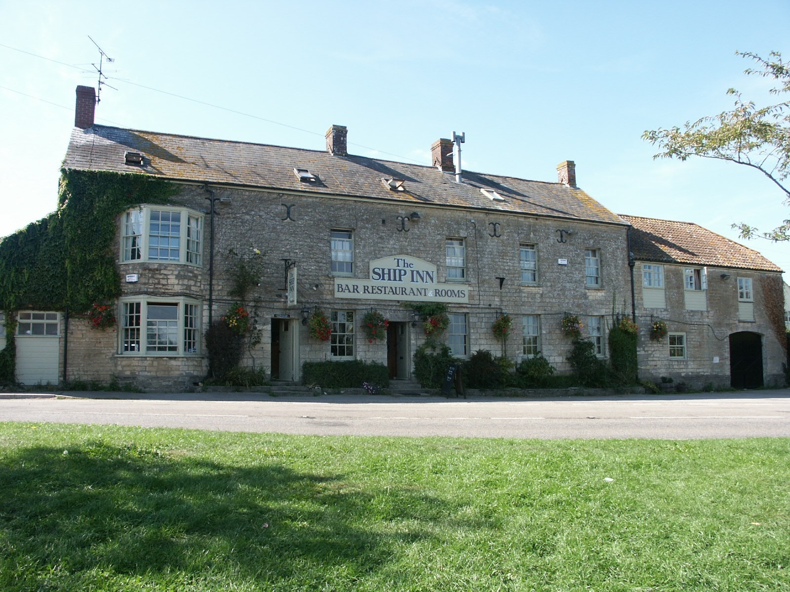 The Ship Inn & Hotel