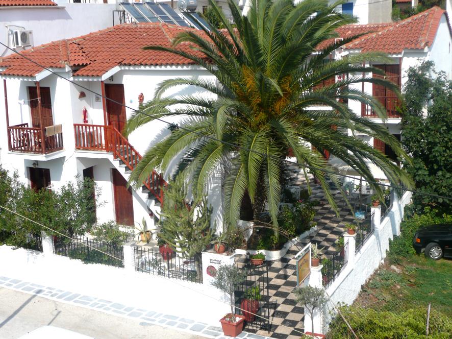 アマルティア ストゥディオ ホテル