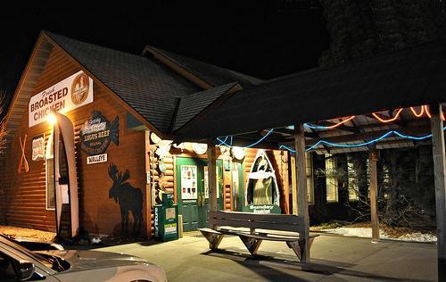Fishtale Bar & Grill