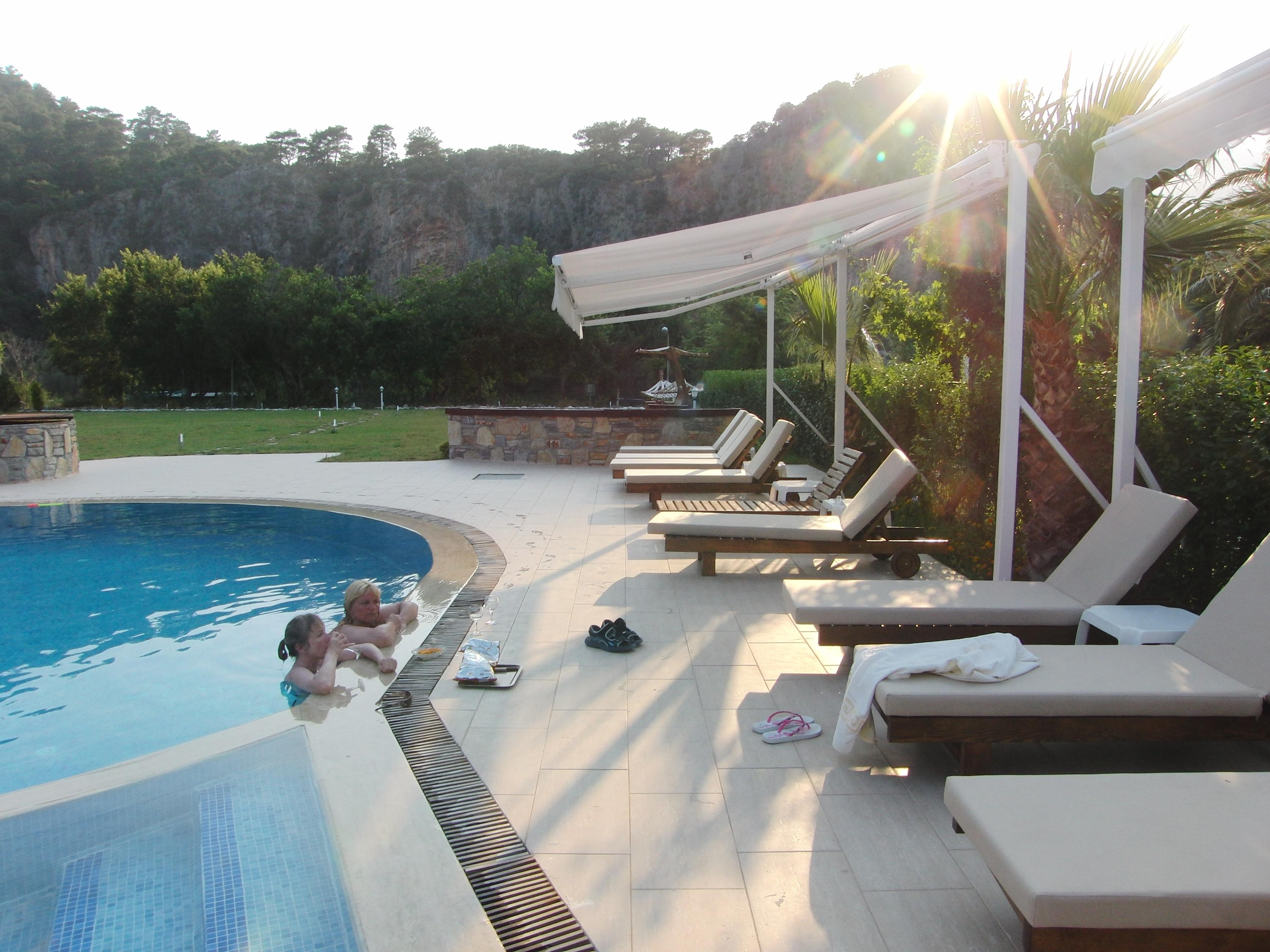 Aydos Hotels & Apartments