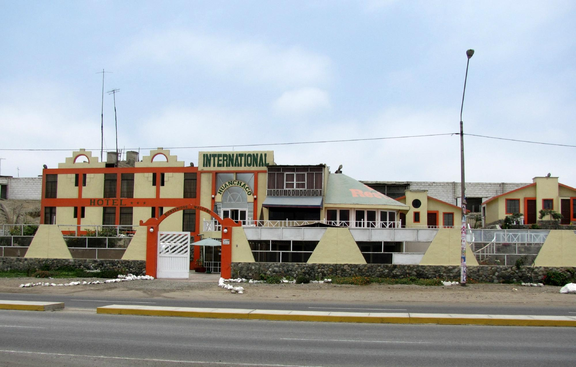 Huanchaco International Hotel