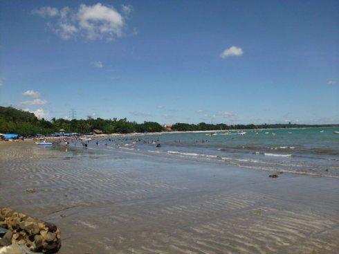Pantai carita di Siang hari