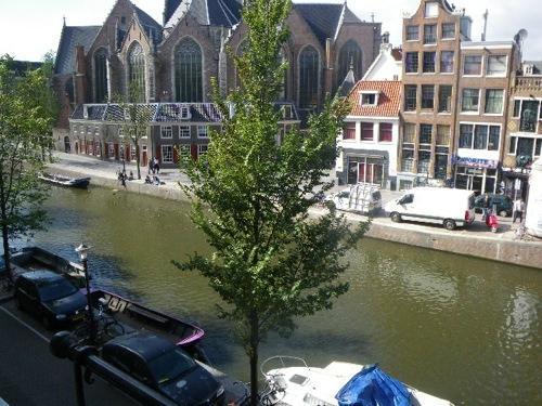 Amsterdam Cribs Red Light B&B