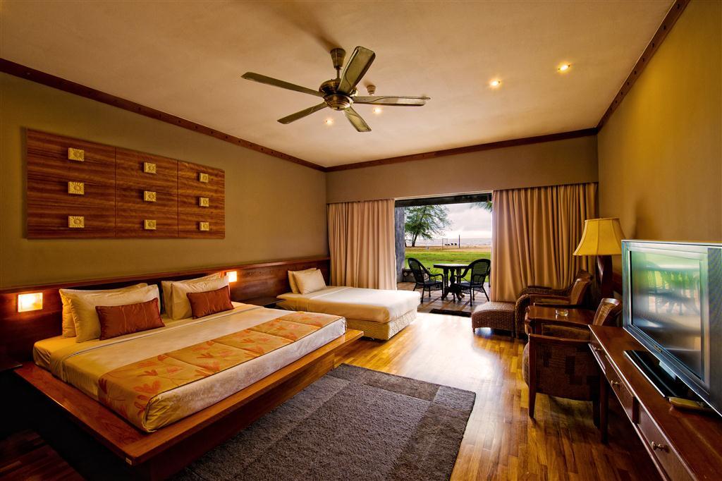 Lanjut Golden Beach & Golf Resort Kuala Rompin