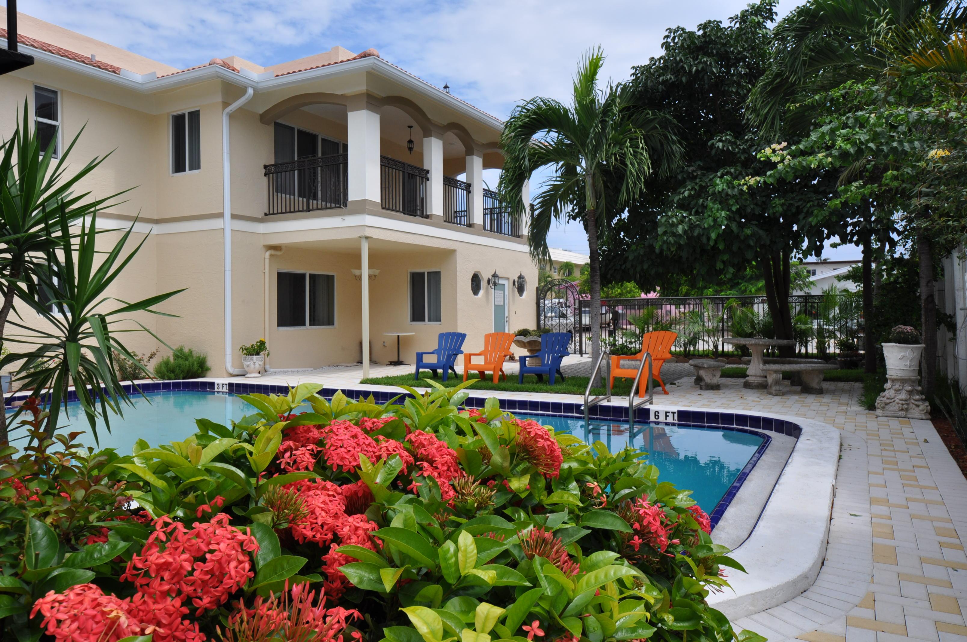 Villa Aqualina