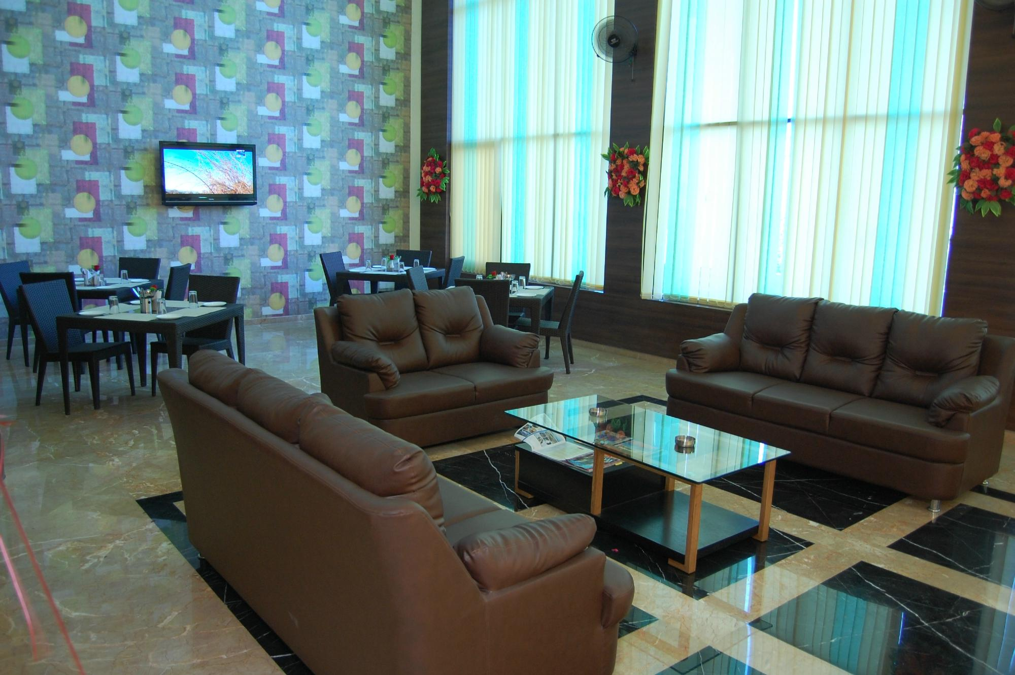 Hotel Leo Inn