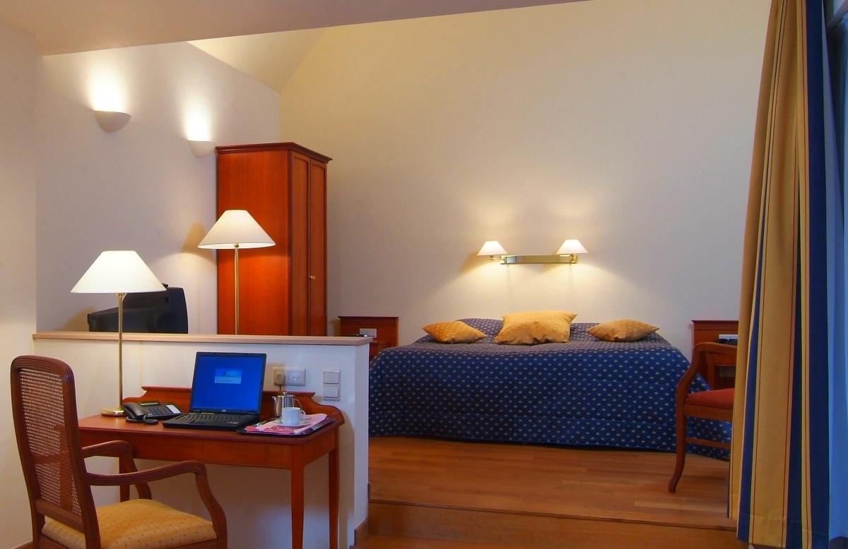 로젠버그 호텔