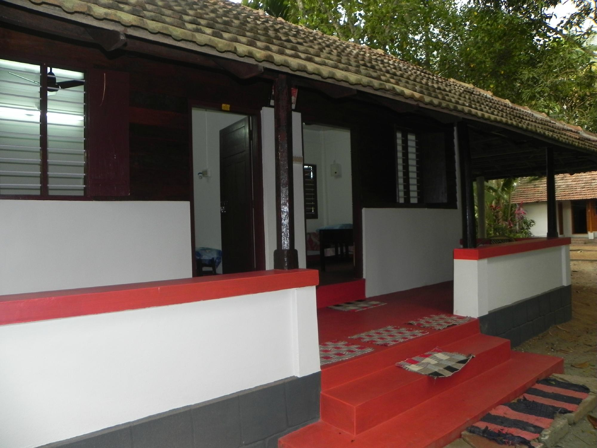 Adenz Backwater Home Stay