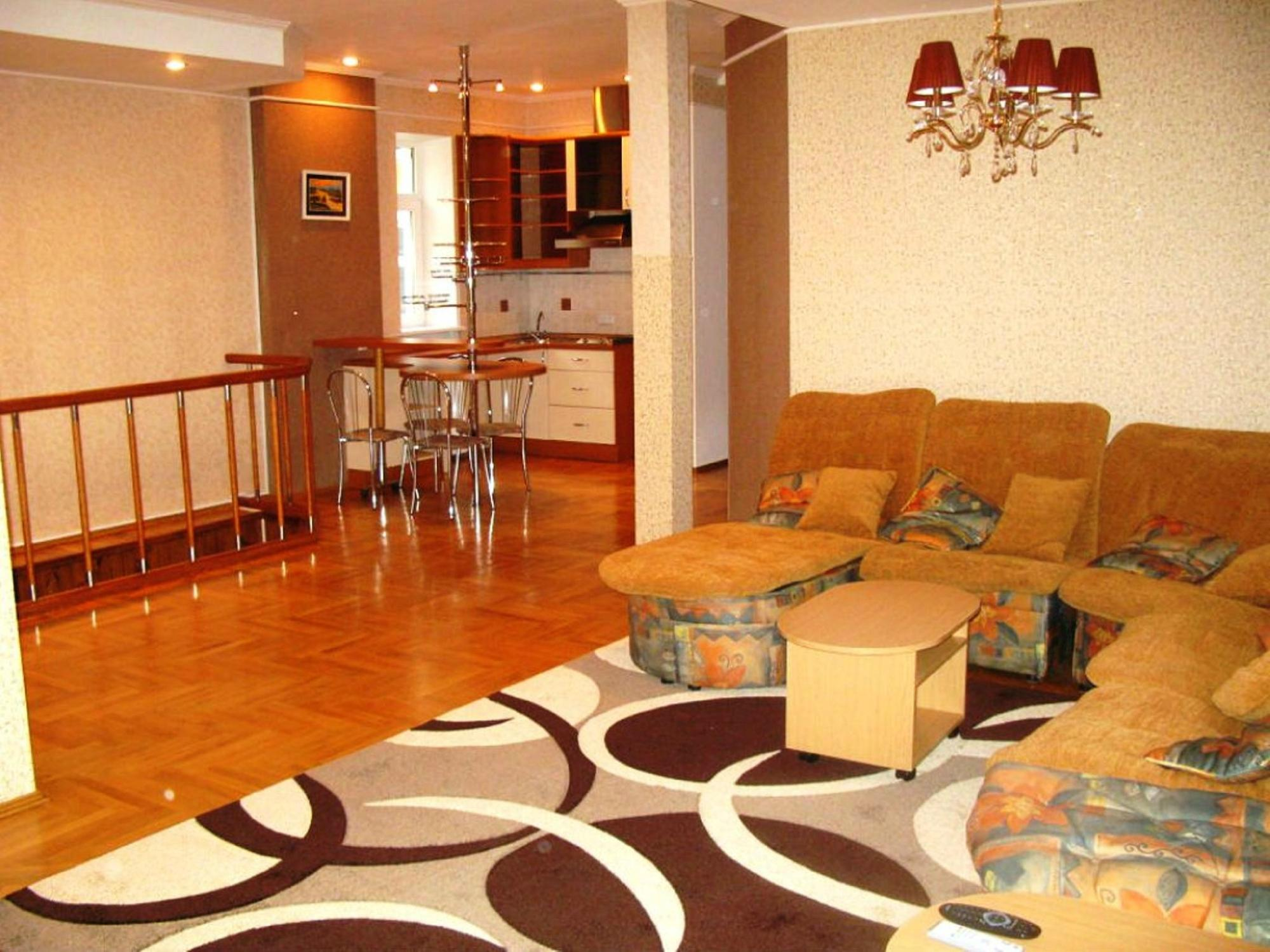 Apart Hostel Capital