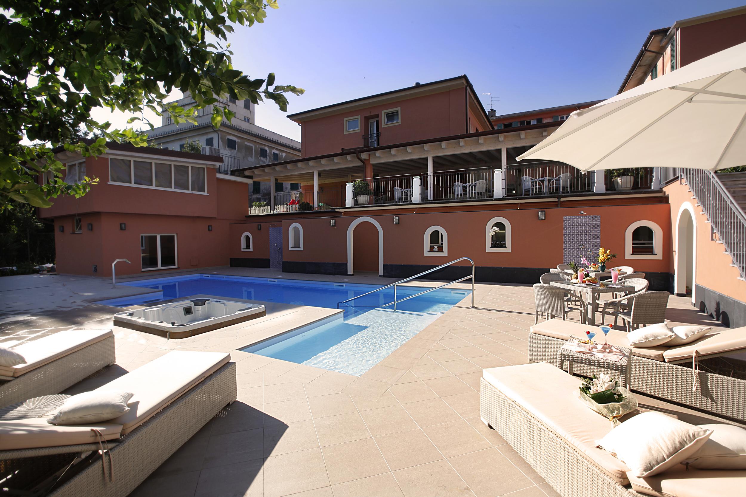 蒙特羅薩酒店
