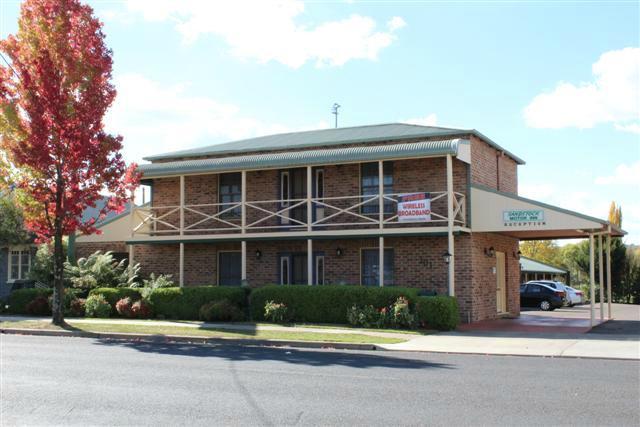 Sandstock Motor Inn