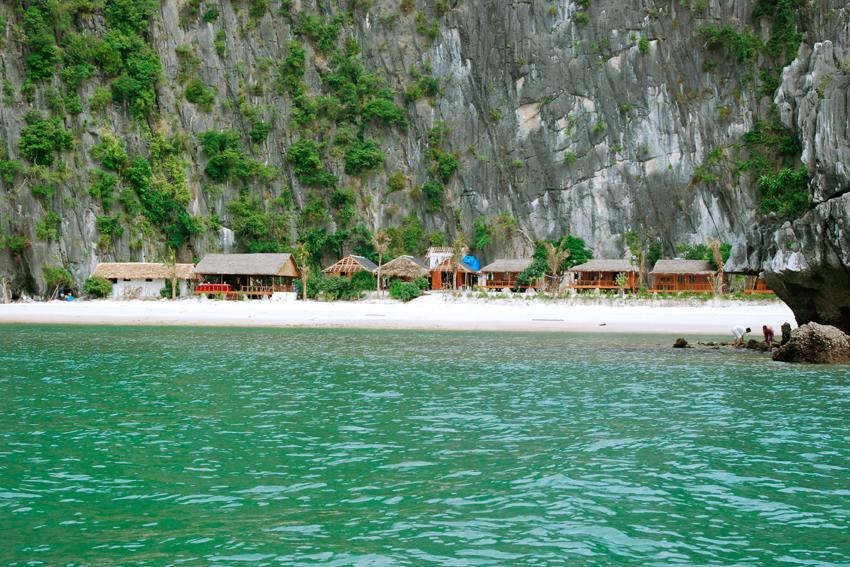 Cat Ba Cove Beach Resort