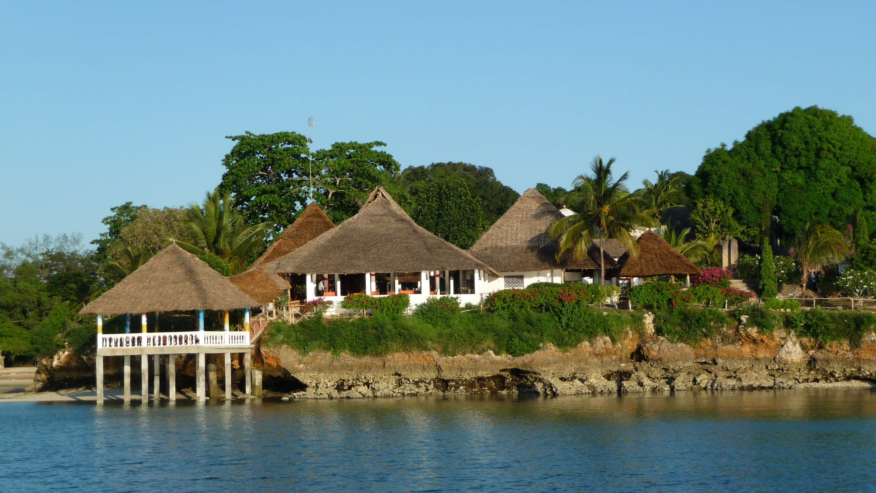 Hakuna Matata Beach Lodge & Spa