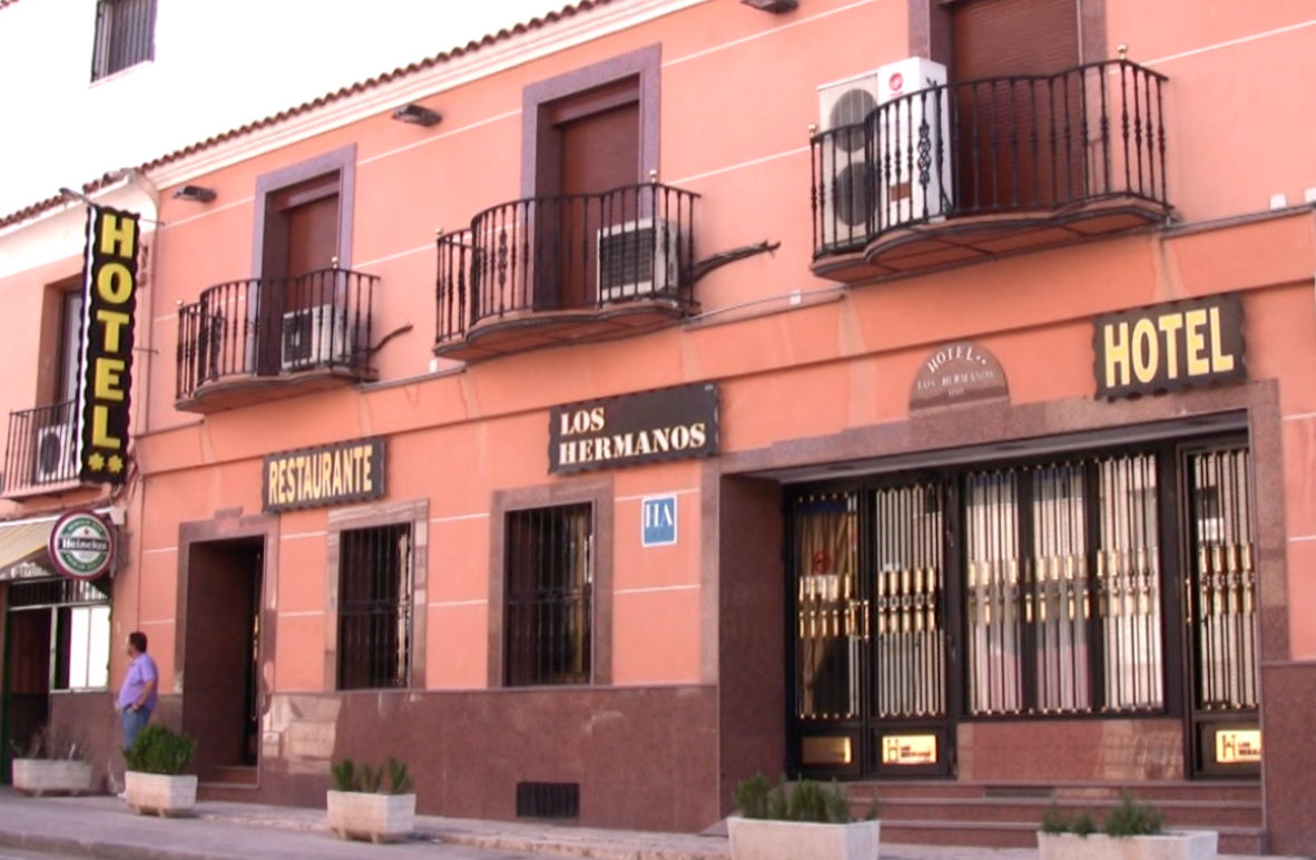 Hotel Apartamento Los Hermanos